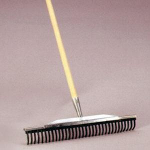 Rubberen hark 50 cm, inclusief steel. Prijs per stuk