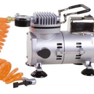 Hoogwaardige compressor,loopt uren zonder oververhit te raken.  Constante druk,waterdichte behuizing.  Maximale druk 5,5 bar.  Aansluiting 220/volt.  Afmeting : 22 x 14 x 17 cm.  Ca 20 sec/bal.zonder oververhit te raken. Prijs per stuk.